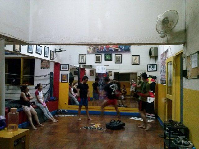 Dibantai Muay Thai! (4/6)