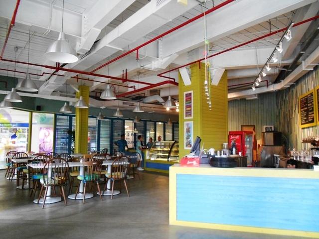 Aruba, Caribbean Restaurant & Bar (3/6)