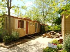 2. hostel (8)