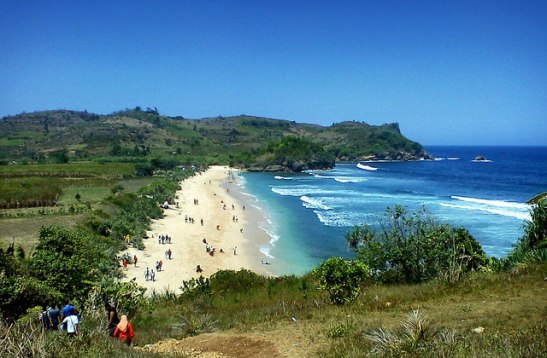 Pantai-Tambakrejo-Blitar