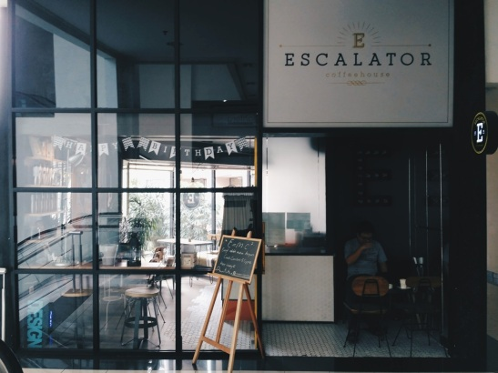 escalator-coffee-15